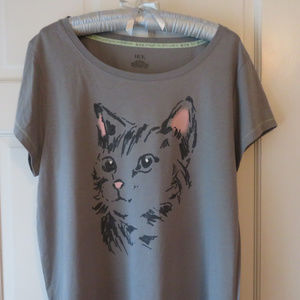 NEW Gray & Pink Kitty Cat T-shirt - Size L